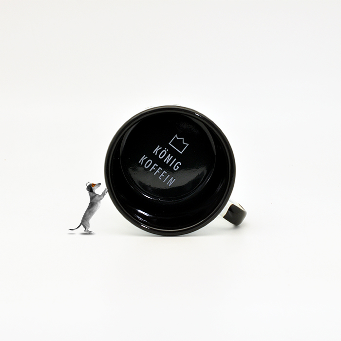 Koenig-Koffein-mug-inside-design-by-max-duchardt-m-a-a-x